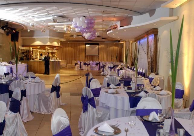 Foto de salones de fiesta fantasy fiestas sal n for Acropolis salon de fiestas