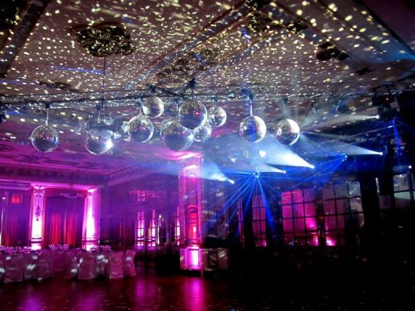 Foto de salones de fiesta en caba villa general mitre for Acropolis salon de fiestas
