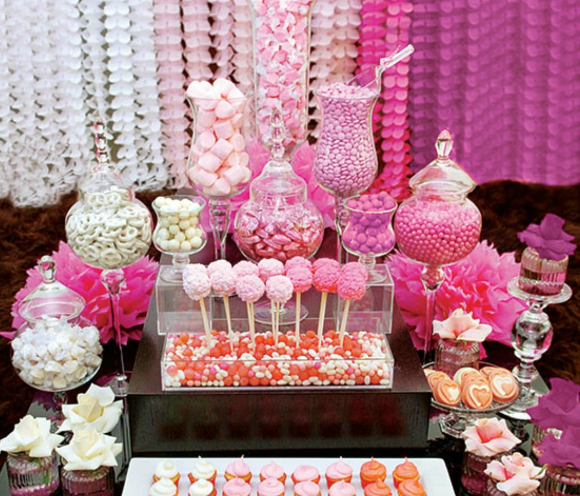 Candy bar on pinterest candy bars candy buffet and for Mesa de dulces para xv anos